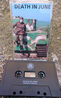 250-Abandon-Tracks-DI6-abandontracks2017-at-tape-2